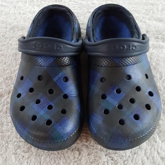 6ab7dcb495ff CROCS Shoes - Crocs Blue   Teal Plaid with liner